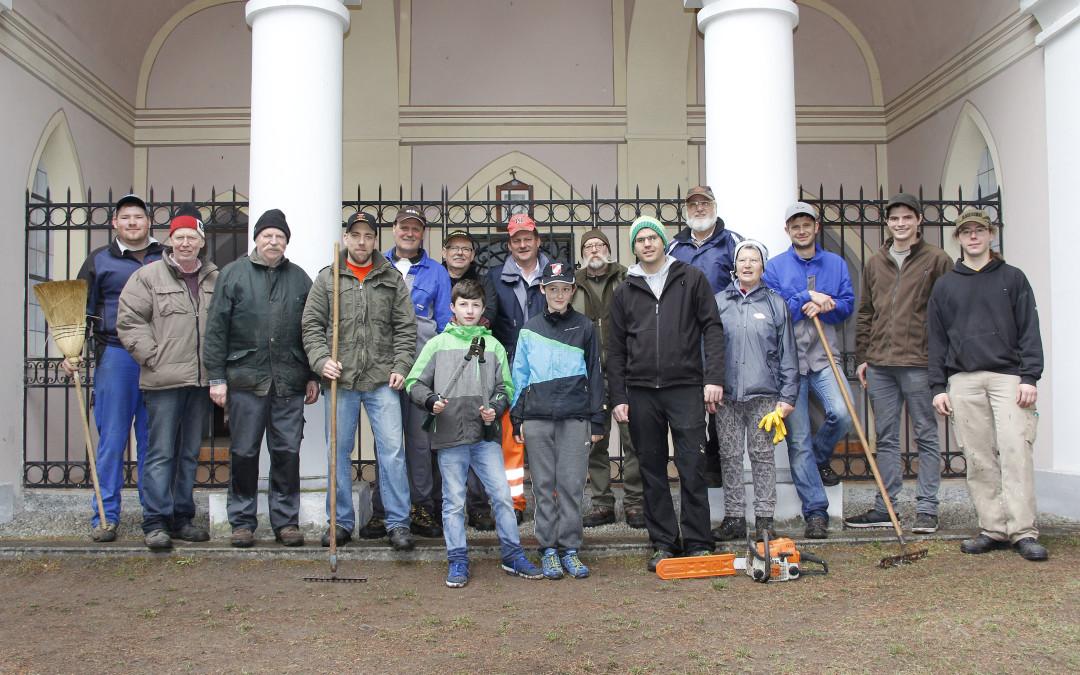 Aktion sauberes Telfs in St. Moritzen durch unsere Kompanie